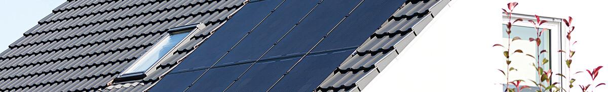 dachintegrierte Photovoltaik-Anlage